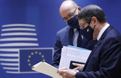Ενημερώνει το Ευρωπαϊκό Συμβούλιο για Κυπριακό και τουρκικές προκλήσεις ο Πρόεδρος