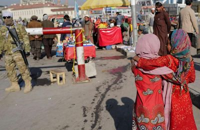 Αφγανιστάν: Πωλούν τις κόρες τους για να μην πεθάνουν από την πείνα