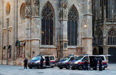 Βιέννη: Επίθεση με μαχαίρι σε περαστικούς – Τέσσερις τραυματίες
