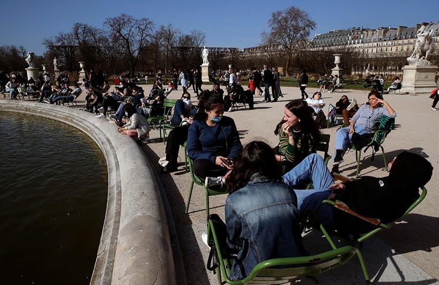 Λιακάδα στο Παρίσι